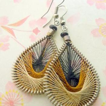 TUTORIAL Threaded Dream Catcher Earrings Brown Gold and Cream PDF Moderate Difficulty